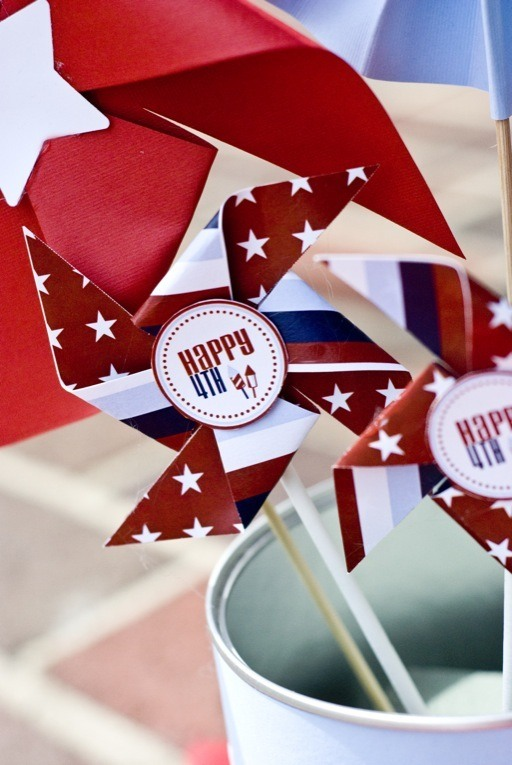 How To Make Pinwheels & a 4th Of July Free Download