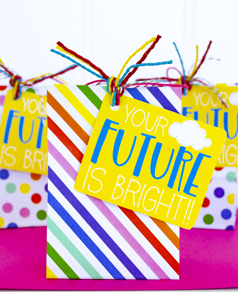Graduation free printable gift tag