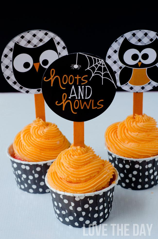 Hoots and Howls Cupcake Toppers by Lindi Haws