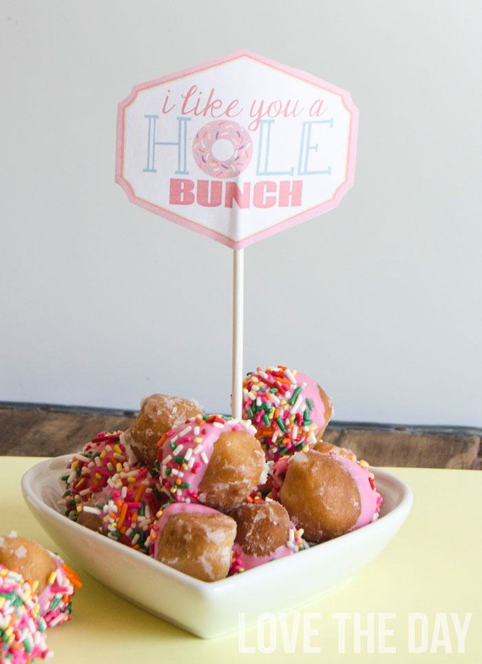 'I Like You A Hole Bunch' FREE Valentine Printable by Love The Day