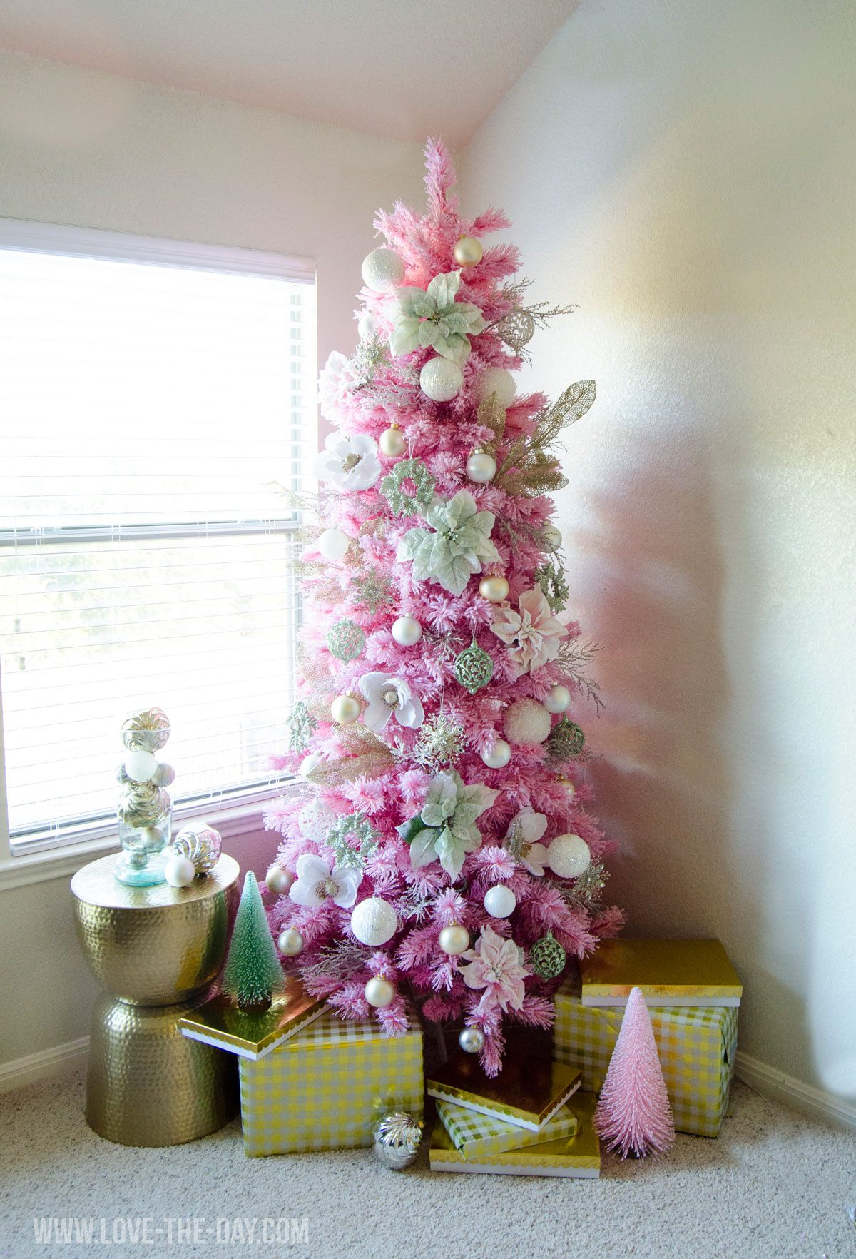 pink gold christmas tree - Pink And Gold Christmas Decorations