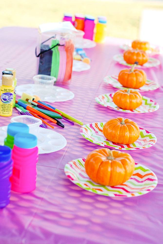 12 Halloween Class Party Ideas on Love the Day
