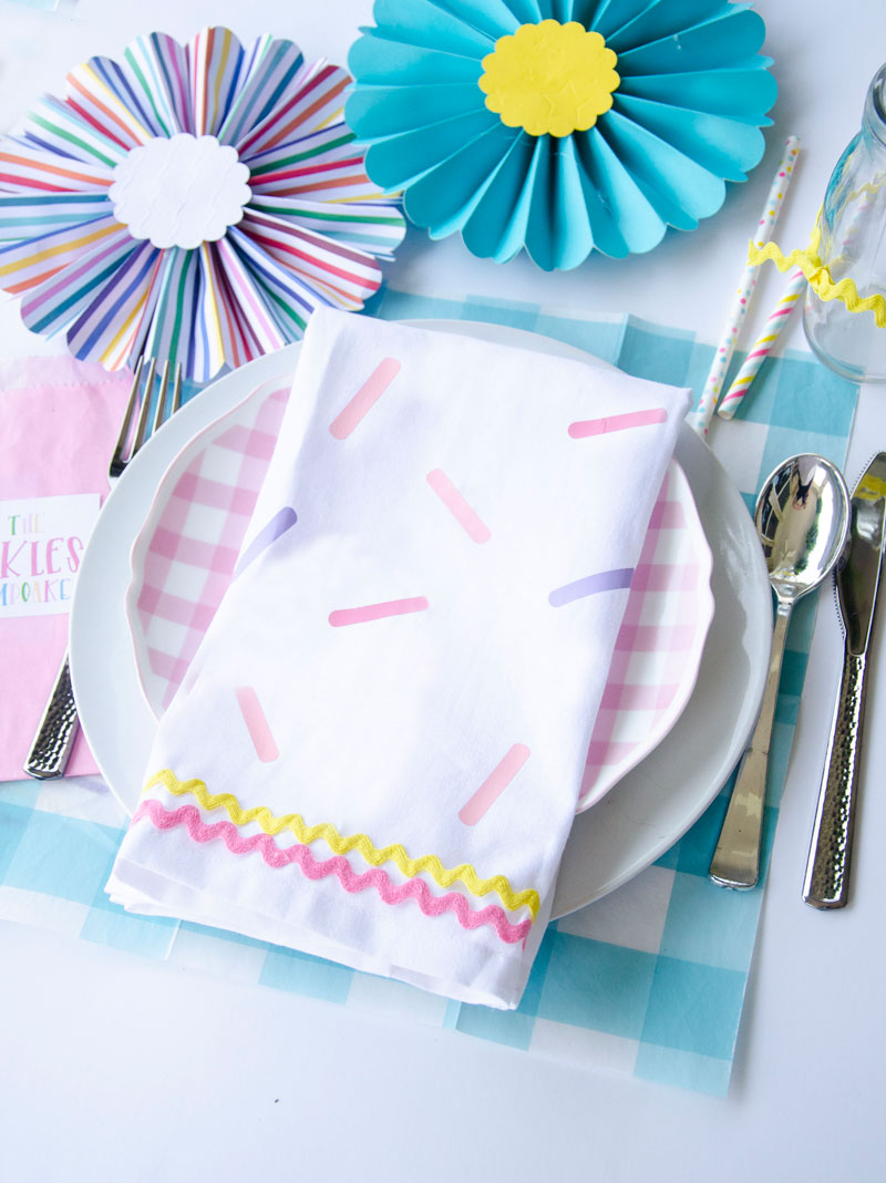 DIY Sprinkle Napkins by Lindi Haws of Love The Day
