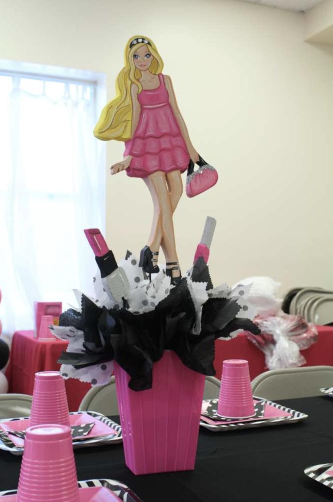 Barbie Fashion Centerpiece Ideas
